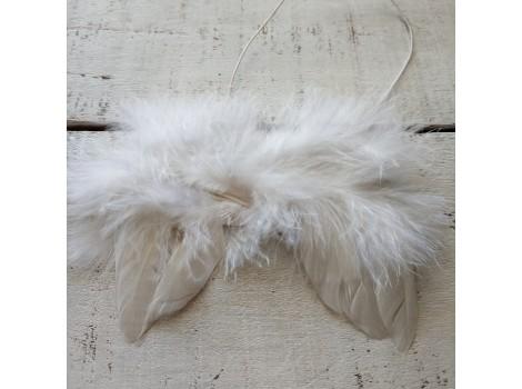 Крылья для кукол перьевые малые белые