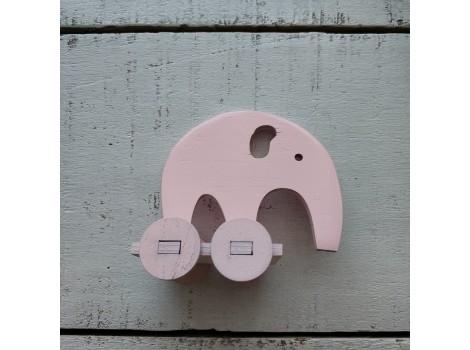 Деревянный слоник розовый