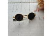 Очки для кукол 6 см с черными стеклами в золотой оправе