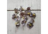 Цветочек мелкий 2 см серый