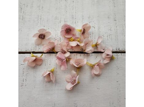 Цветочек мелкий 2 см персиково-розовый