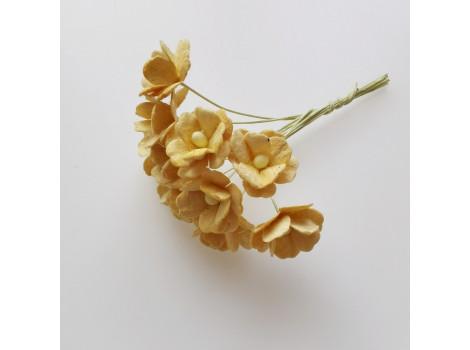 Цветочек вишни 1.5см желтый