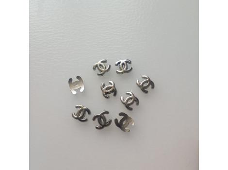 Значок логотип Chanel серебро