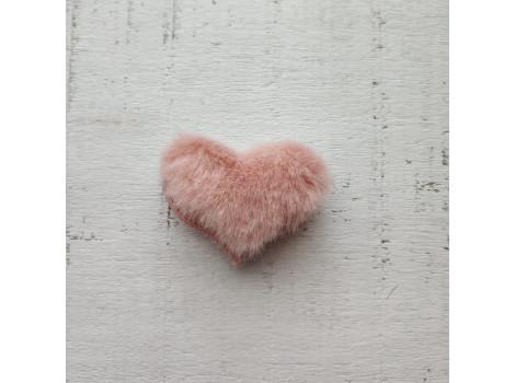 Патч сердечко меховое пудровое
