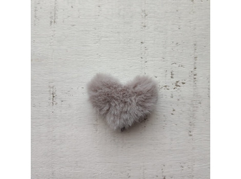 Патч сердечко меховое серое