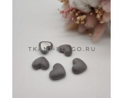 Пуговица декоративная сердечко серое