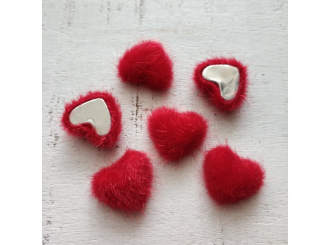 Пуговица сердечко пушистое красное