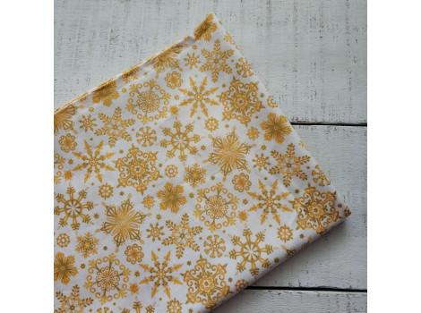 Хлопок Узорные золотые снежинки на белом остаток 40*55см