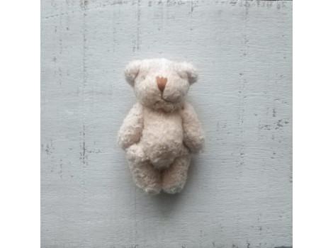 Игрушка плюшевый мишка малый 6 см кремовый