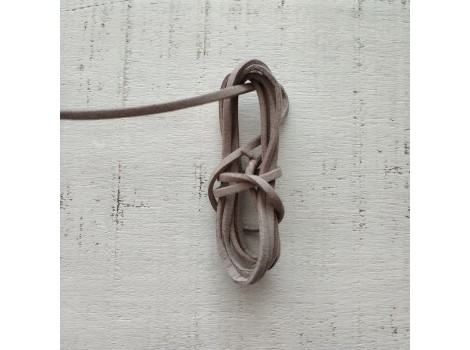 Шнур замшевый серый