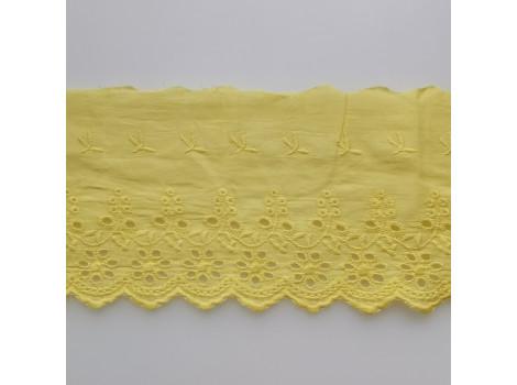 Кружево шитье с вышивкой 11 см желтое