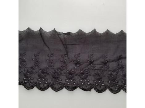 Кружево шитье с вышивкой цветочки вьюнки 11 см черное