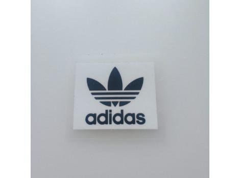 Термонаклейка Adidas листик белая