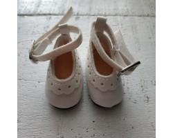 Туфельки с пряжкой 4.5 см белые