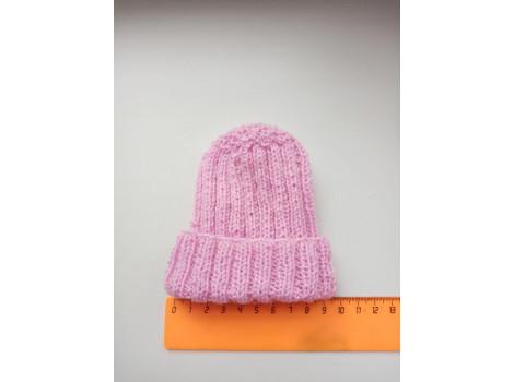 Вязаная шапочка с подворотом розовая