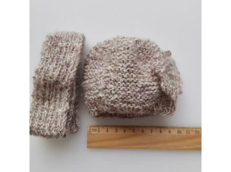 Вязаный берет для куклы серый с шарфиком